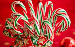 candy-canes-striped-christmas-new-year-holiday