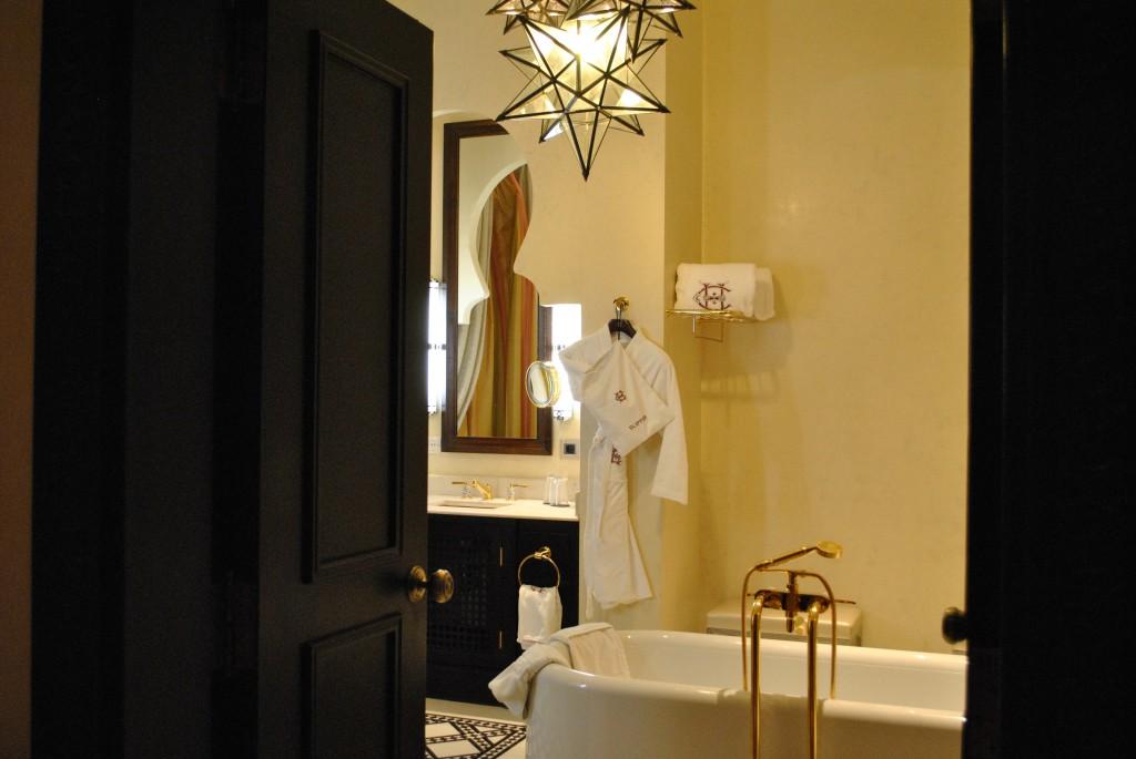 Suite-Churchill-salle-de-bain-1024x685