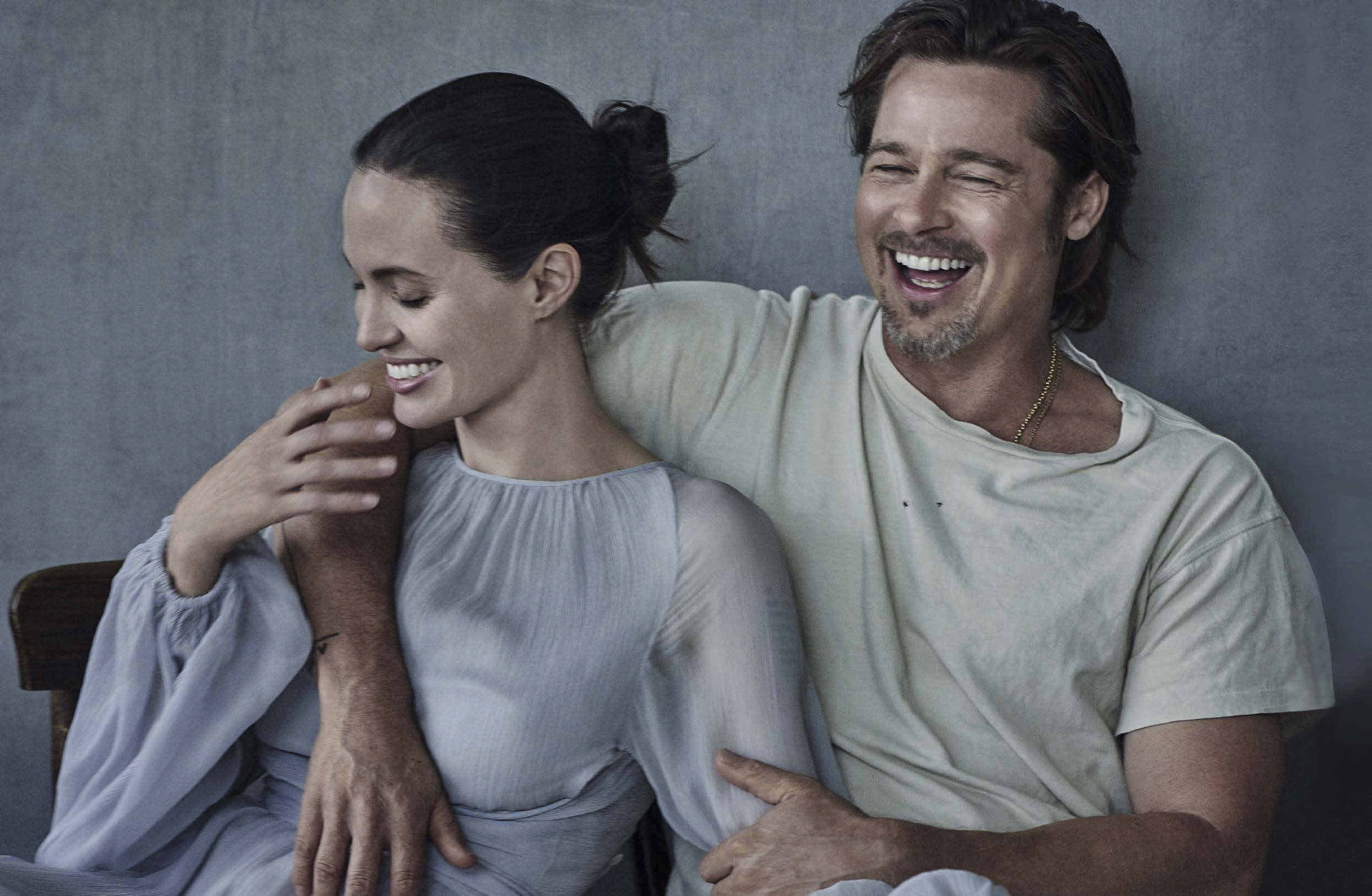 Vanity-Fair-Italia-November-2015-Angelina-Jolie-and-Brad-Pitt-2