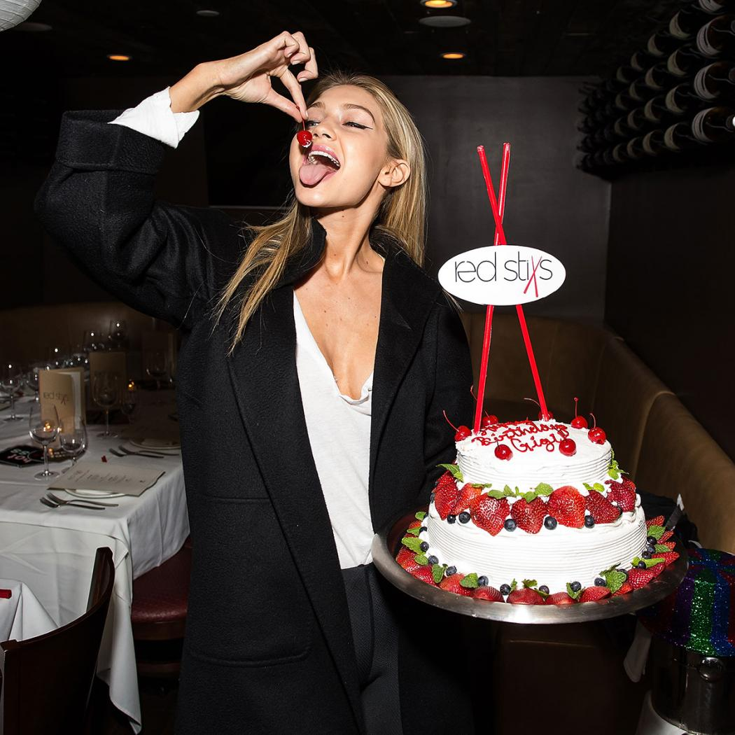 3-gigi-hadid-has-a-model-birthday-party-471291890-fb