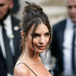 6-emily-ratajkowski-hot-hair-1499740279