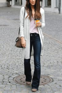 b61172bf796c430984b31fc56a1b1975--dark-bootcut-jeans-outfit-outfits-with-boot-cut-jeans