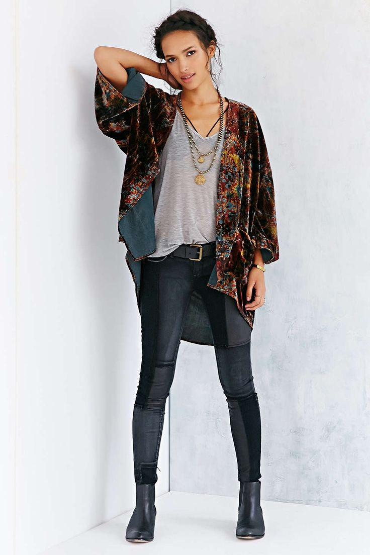 4de688a25ad7a512a5325a34e7795fb3--urban-outfitters-outfit-fall-kimono