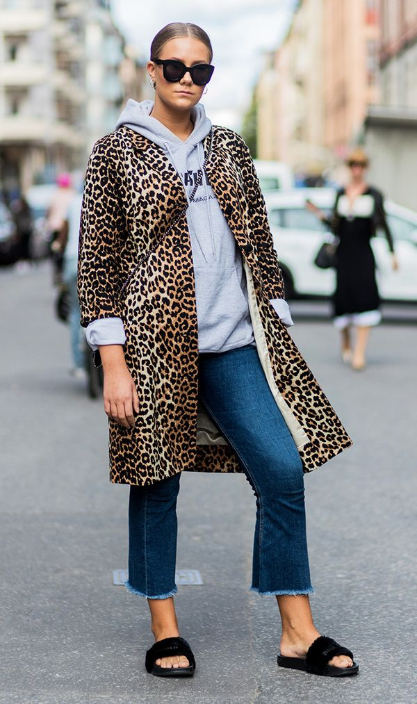 how-to-wear-animal-print-in-2016-1938211-1476393315.600x0c
