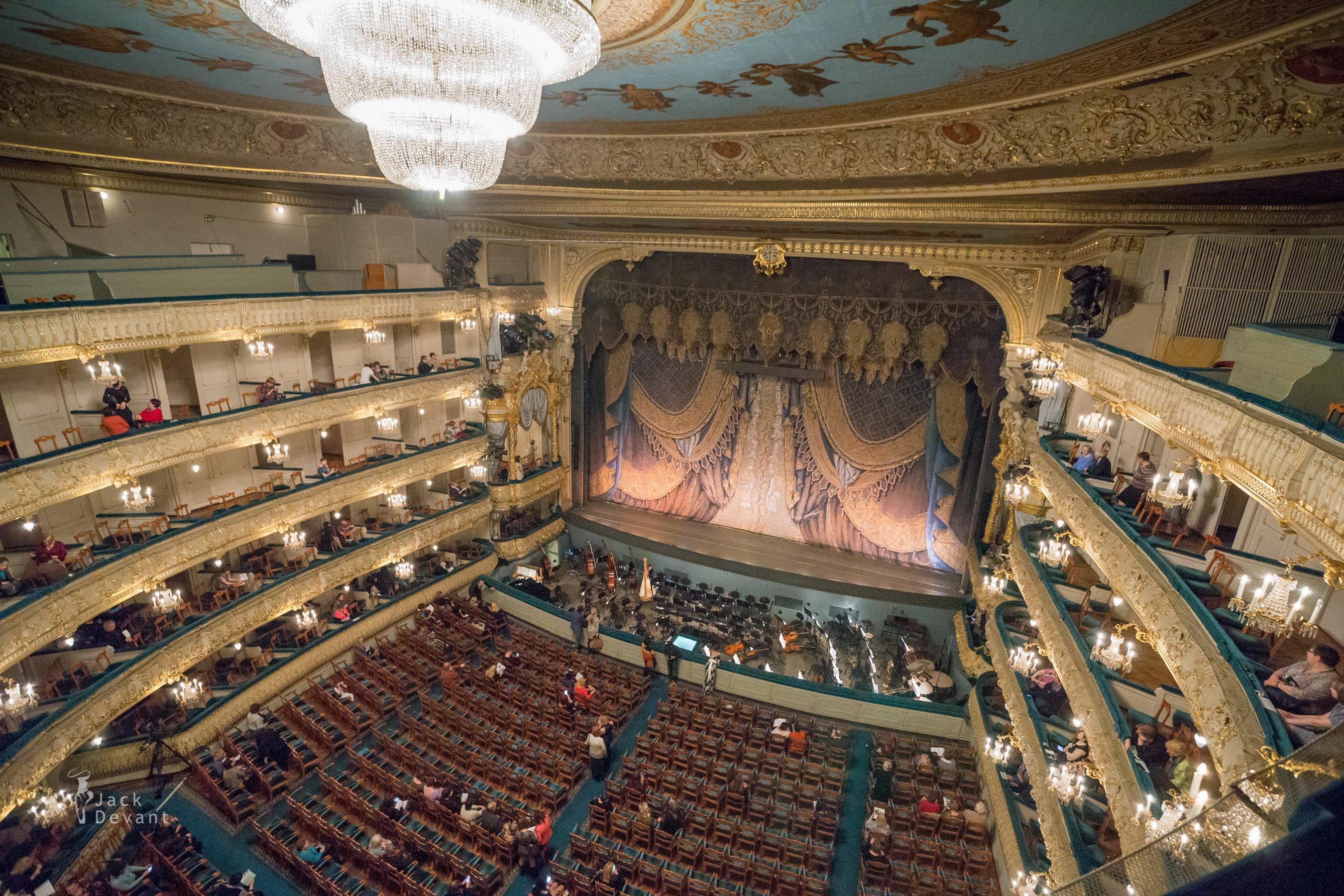 Jack-Devant-Mariinsky-Theatre-102