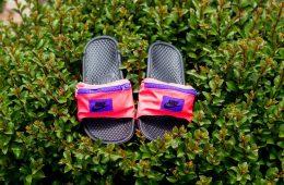 Nike_FannySlide_Red1_1100x
