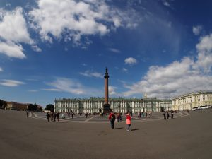 Palace-square-saint-petersburg-june-2016-0111