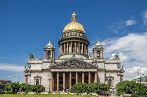 Saint_Isaac's_Cathedral_in_SPB