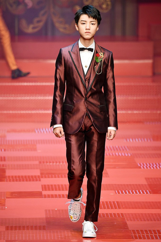 dolce__gabbana_dg_ss18_milan_fashion_week_runway_mens_buro247.sg-1