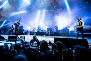 Arctic_Monkeys_-_Orange_Stage_-_Roskilde_Festival_2014