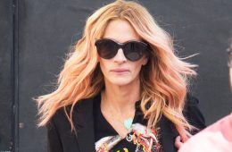 LOS ANGELES, CA - NOVEMBER 01: Julia Roberts is seen at 'Jimmy Kimmel Live' on November 01, 2018 in Los Angeles, California.  (Photo by RB/Bauer-Griffin/GC Images)