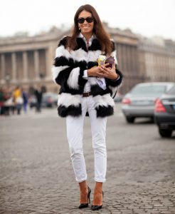 How-to-Wear-White-Jeans-in-Winter-15