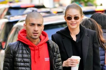 gigi-hadid-zayn-malik-kissing-photos-3