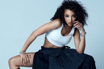 01-tinashe-press-photo-cr-Dennis-Leupold-2017-billboard-1548